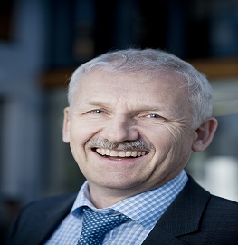 Speaker at Pharmaceutics education conferences- Gerhard Winter