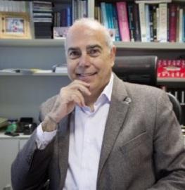 Speaker at Pharmaceutics education conferences- Ricardo Perez Tomas